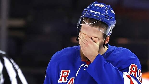 Российский форвард Бучневич дисквалифицирован на один матч НХЛ