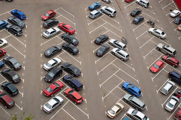 70 000 новых бесплатных парковочных мест! Но не сейчас и в Подмосковье
