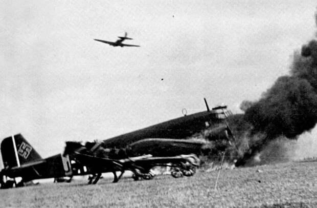 Стоило ли Красной армии нанести упреждающий удар по Вермахту?