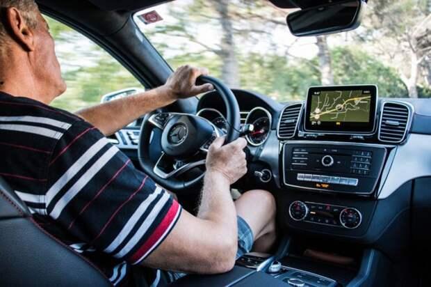 Любители погонять являются наиболее неэкономичными водителями. | Фото: eguarded.com