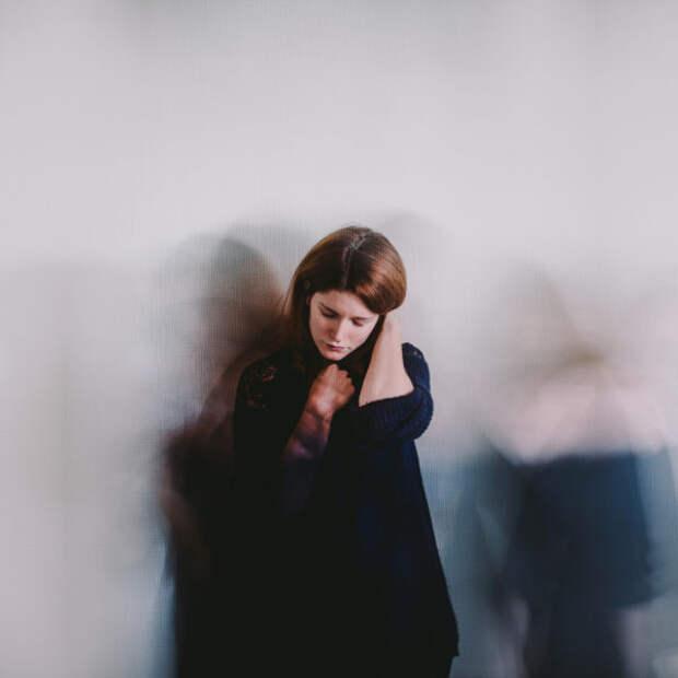 Что такое ПТСР после родов и почему женщины с ним с...