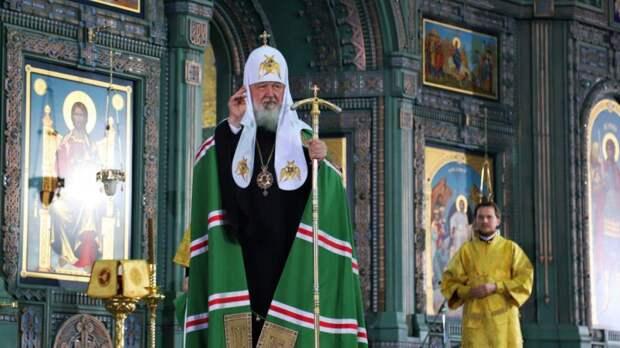 Патриарх Кирилл призвал пересмотреть вопрос о нормах распространения оружия в РФ