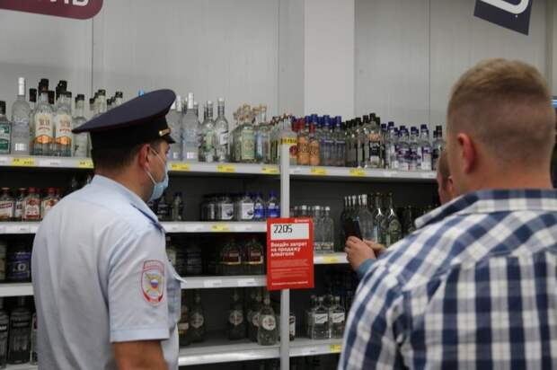 На Последний звонок в Ижевске 12 торговых точек продолжали торговать алкоголем