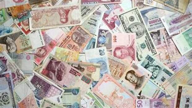 Депозиты населения РФ в валюте сократились до 10-летнего минимума - ЦБ
