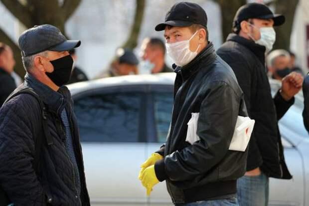 Жириновский предложил отправлять мигрантов работать на Крайний Север