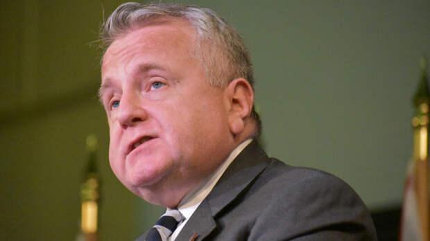 Посол США в РФ Салливан похвалил московскую погоду после прибытия на родину