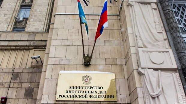 США позволяют себе задерживать граждан России по всему миру, но возмущены задержанием с поличным гражданина США в Москве
