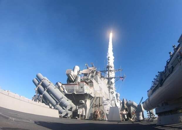 Новости стационара- Украинский экс-замминистра: Любой эксперт вам скажет, что два эсминца ВМС США одним залпом могут уничтожить весь Черноморский флот РФ