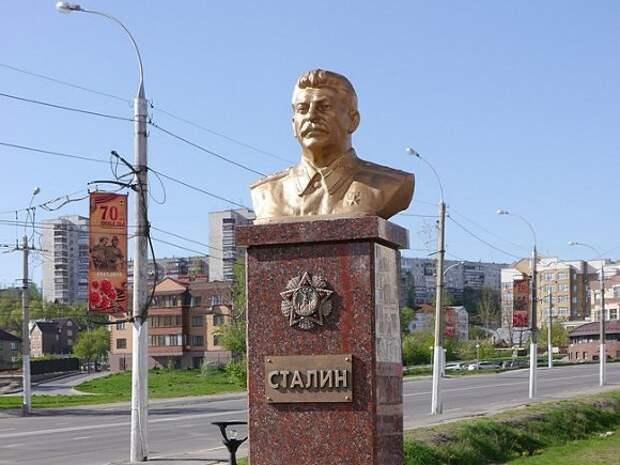 Памятник Сталину в Архангельске хотят открыть к 7 ноября