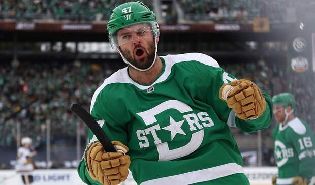 Тагильский хоккеист Александр Радулов набрал два очка вматче чемпионата НХЛ