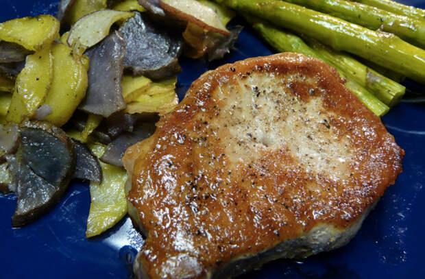 Добавляем к мясу кленовый сироп