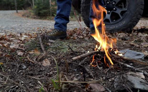Как разжечь огонь с помощью автомобиля – вдруг вам срочно надо!