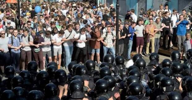 Наказания за провокации на несанкционированных митингах необходимо ужесточить – Самонкин