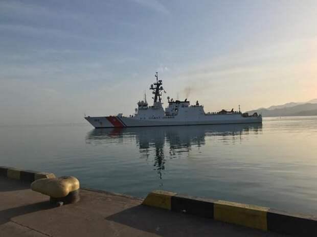 Корабль береговой охраны США зашел в Одесский морской порт