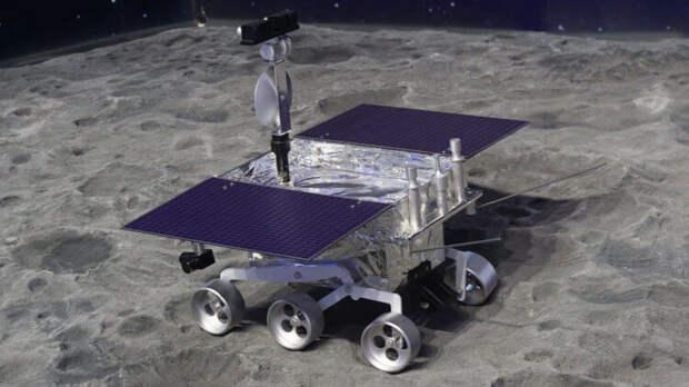 На Луне найдено странное желеобразное вещество