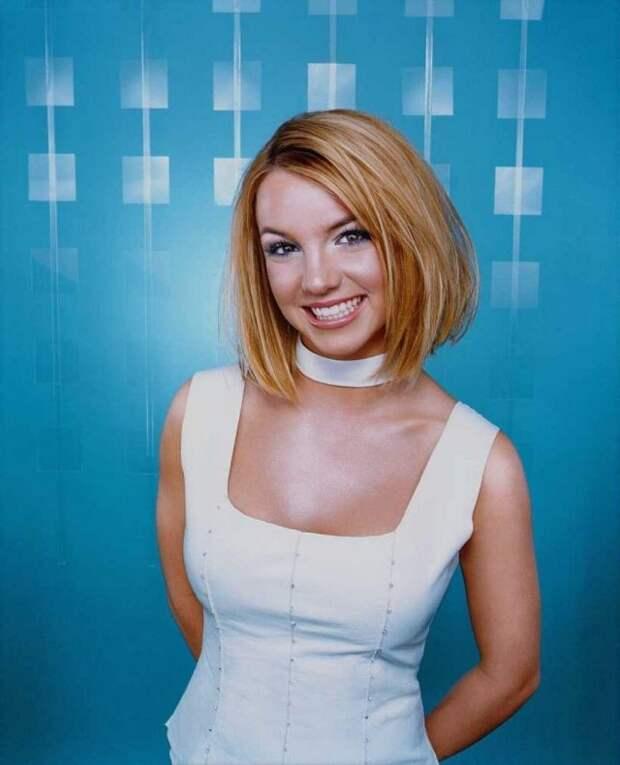 Бритни Спирс, 2002