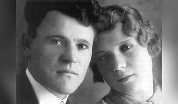 Отец и мать Людмилы Гурченко