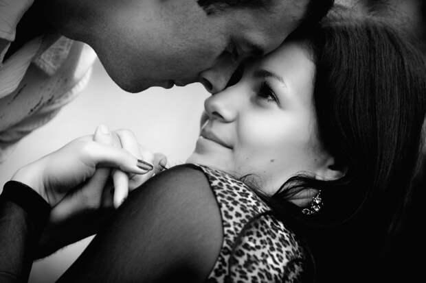 Любовь измеряется мерой прощения, привязанность - болью прощания...