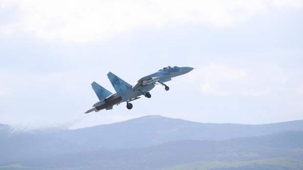 В России могут появиться военные летчицы