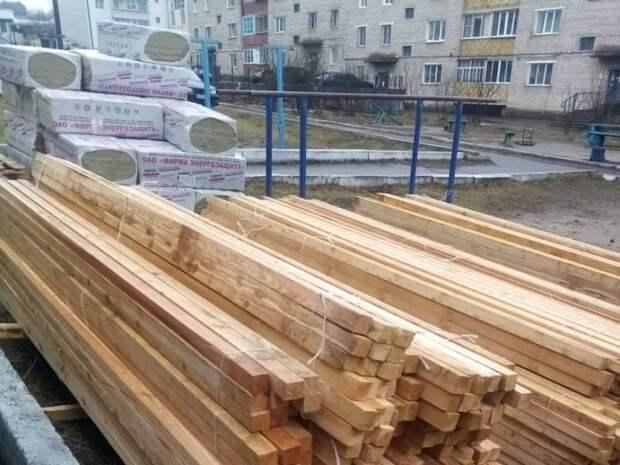 Более 30 объектов пострадали в результате штормового ветра в марте в Забайкалье