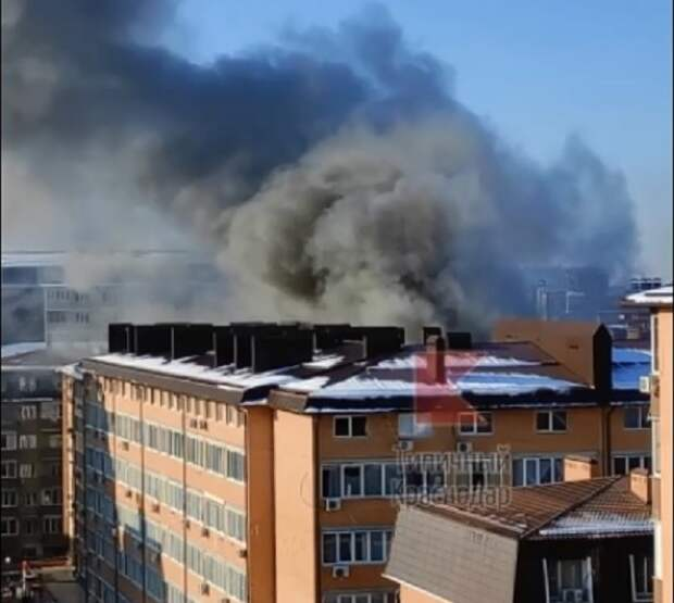 В Музыкальном микрорайоне Краснодара тушат многоэтажку