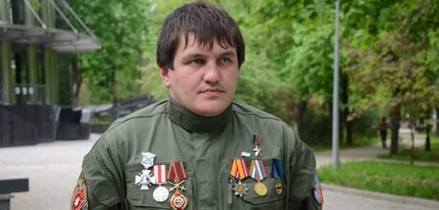 Ахра Авидзба — ополченец, воюющий в Донбассе на стороне ДНР под позывным «Абхаз»