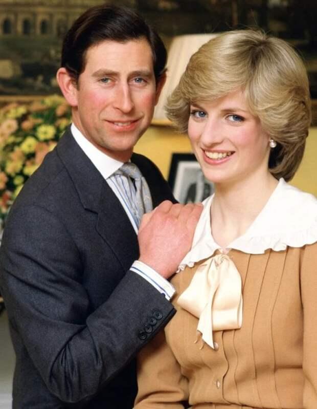 Принцесса Диана и принц Чарльз. / Фото: www.yandex.net