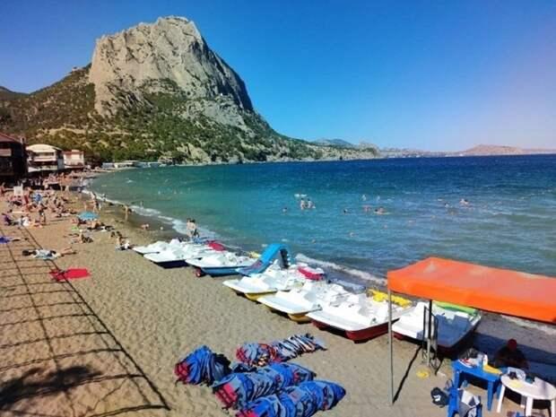 Крымчане не хотят видеть нудистов на своих пляжах