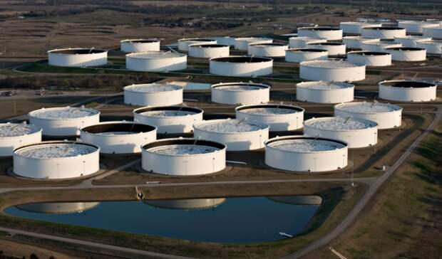 Рост запасов нефти вСША занеделю неожиданно поставил рекорд сапреля