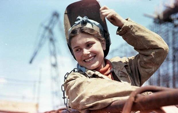 Рабы СССР. Условия труда были просто невыносимо ужасными! И, естественно, ужасно невыносимыми...