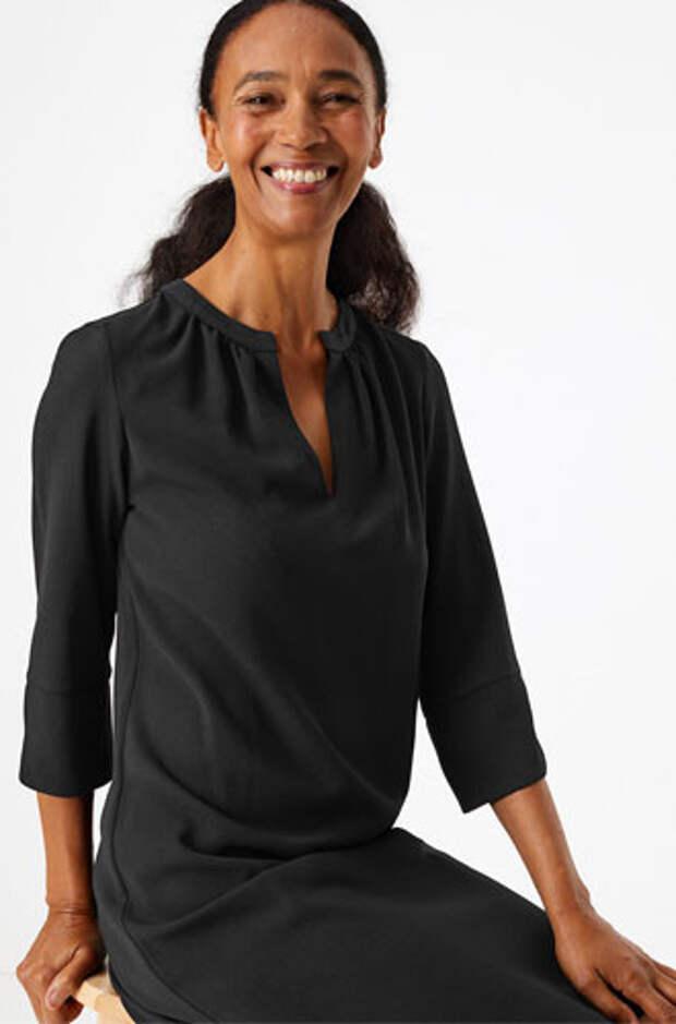 Герцогиня-дизайнер: как выглядит новая коллекция одежды от Меган