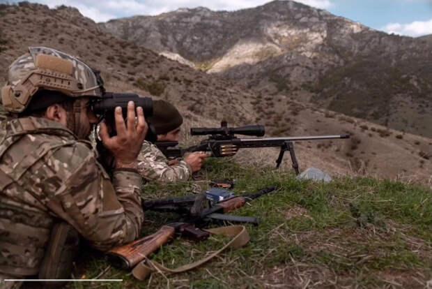 Странная война в Карабахе