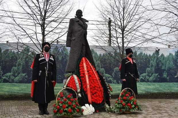 Что стало с телом генерала Корнилова: звериная жестокость