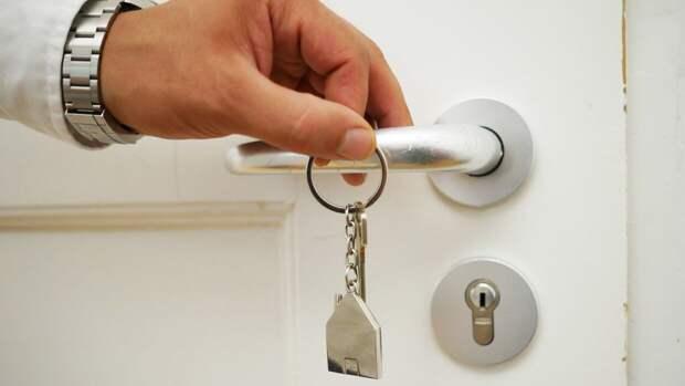 Семьям в РФ могут разрешить тратить маткапитал на недвижимость без ипотеки