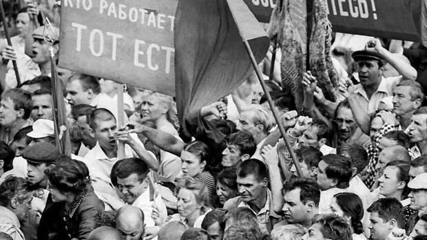 Фильм особытиях вНовочеркасске Кончаловского признали лучшим в2020 году