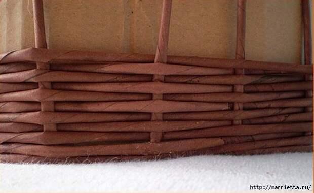 Плетение из газет. Корзинка для пасхальных яиц. Мастер-класс (6) (617x379, 130Kb)