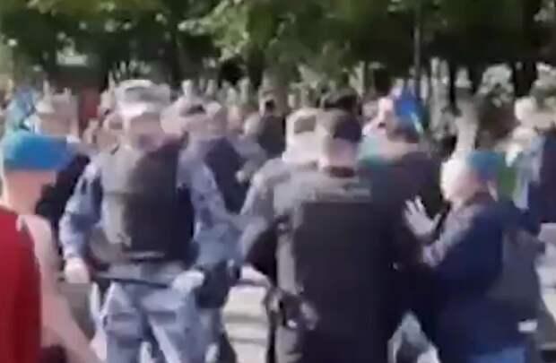 В Союзе десантников отреагировали на драку ВДВшников с росгвардейцами фразой «стихию невозможно усмирить»