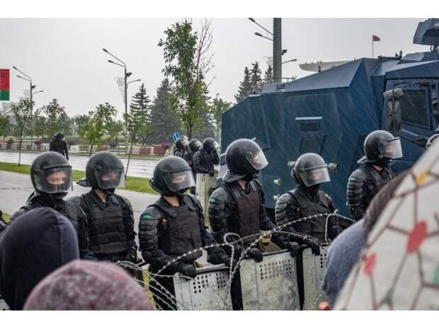 Белорусские города во власти бандитов