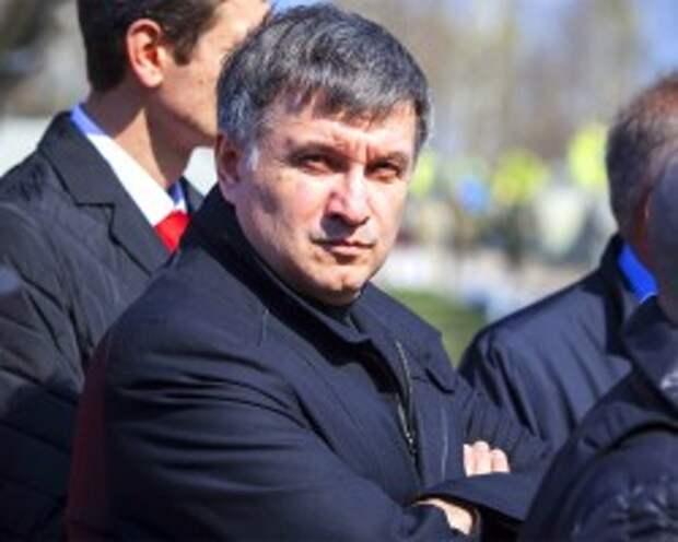 СКР обвинил Авакова и Коломойского в применении запрещенного оружия