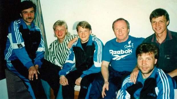 «Он наливает пиво и говорит: «Пей». 19 лет назад умер великий тренер ЦСКА и «Зенита»