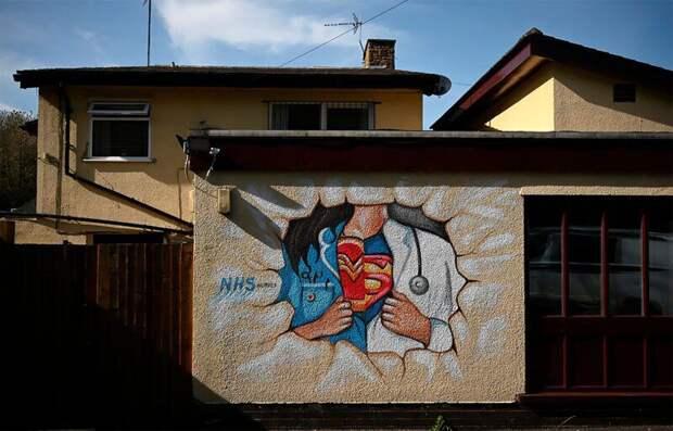 Коронавирус на улицах мира: 17 произведений стрит-арта, посвященных теме CoVid-19