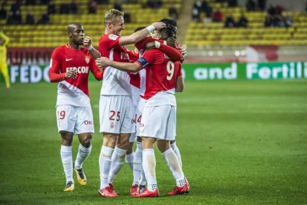 «Монако» выиграл у «Ренна» благодаря голу и передаче Головина