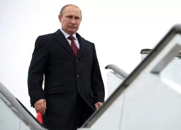 Владимир Путин прилетел в Стамбул