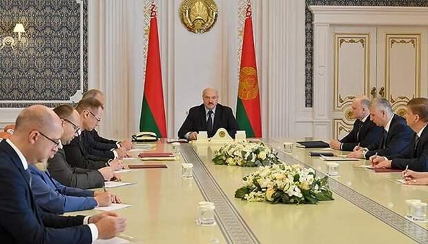 Почему граждане Белоруссии должны сделать выбор без выбора?