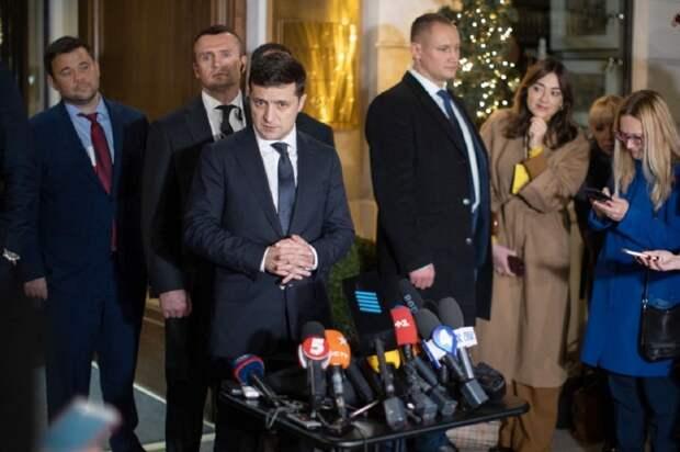 Зеленский послушал Захарову и пригласил российских журналистов в Киев