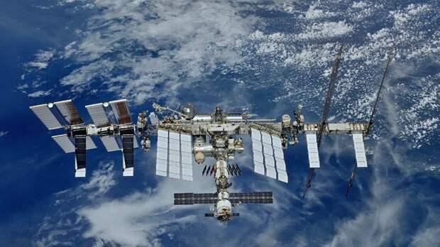 В декабре на МКС полетят космические туристы из Японии