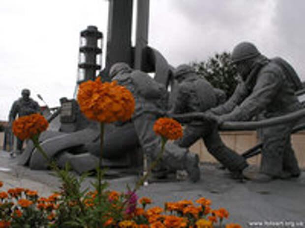 Недопустимо забывать героев, спасших Украину