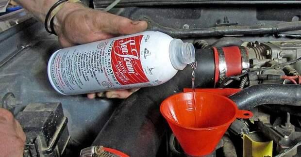 Почему бензин в баке машины может превратиться в лед