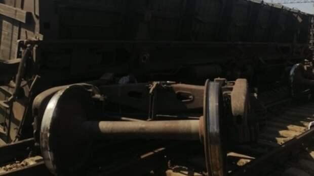 Три вагона сошли с рельсов на станции в Новосибирской области