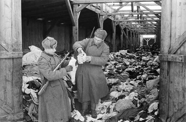 В каких случаях немцы во время Великой Отечественной заставляли своих пленников раздеваться